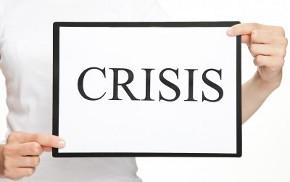 """Табличка с надписью """"Кризис"""" на английском"""